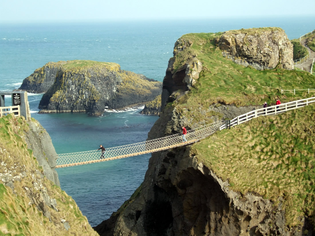 Carrick-a-Rede, Giants causeway tour